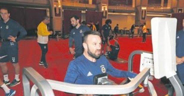 Valbuena derbiye kilitlendi