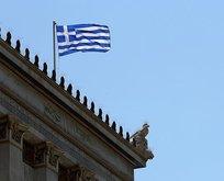 Yunanistanda şiddetli patlama