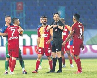 Çaykur Rizespor maçı sonrası Galatasaray'dan zehir zemberek açıklama: Hakem değil cellat başı