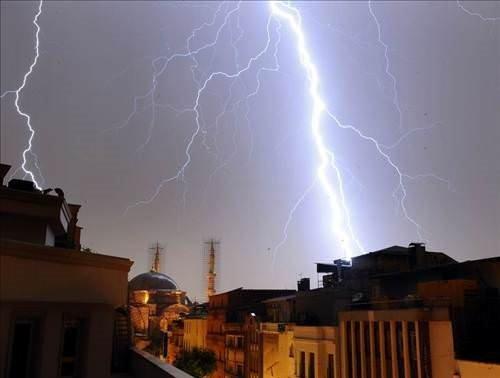 İstanbul sağanak yağmura teslim