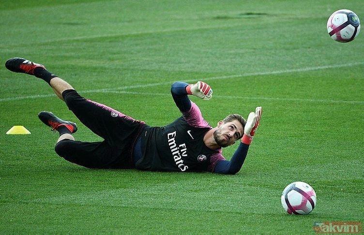 Fenerbahçe'de kaleye Trapp ya da Casilla geliyor