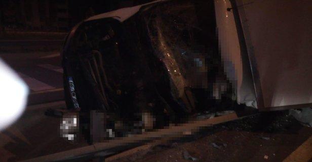 Yarış atı taşıyan kamyon devrildi: 2 ölü, 1 yaralı