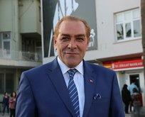Saçını boyamakla Atatürk olunmaz