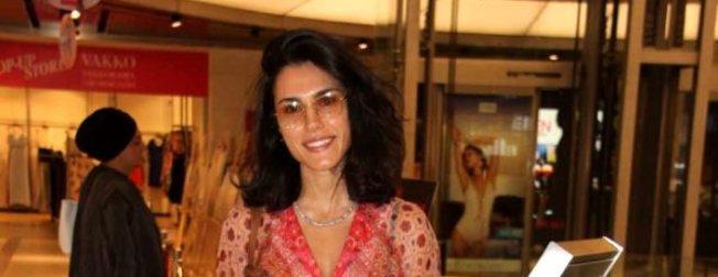 Sevgilisi Kenan Acar'ı yakın arkadaşı ve Açelya Topaloğlu'na kaptıran Serenay Aktaş'tan ağır gönderme!