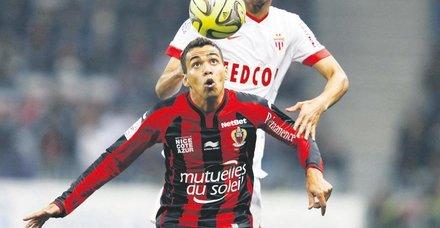 Galatasaray'da Carlos Eduardo iddiası