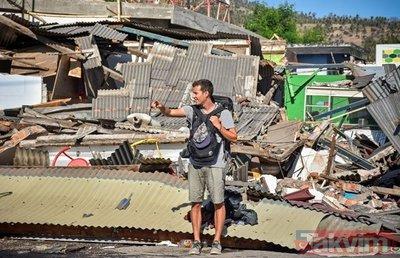 Endonezya'da 7 büyüklüğünde deprem! Ölü sayısı her geçen an artıyor