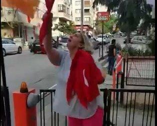 Kadıköyde CHPli kadından AK Partinin seçim bürosuna saldırı