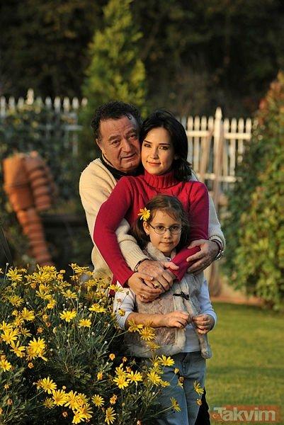 Kayahan'ın kızının son halini görenler şok oldu! İşte Kayahan ve İpek Açar'ın küçük kızı Aslı Gönül...