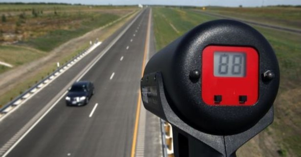Radarı görür görmez frene basmak sürücüyü kurtaramayacak - Takvim