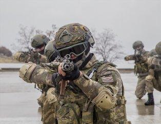 Kahraman komandolar PKK'yı ezdi geçti