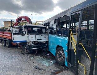 Son dakika: Halk otobüsüne vinç yüklü kamyon çarptı