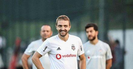 Caner Erkin'den eski eşi Asena Atalay'a nafaka golü!