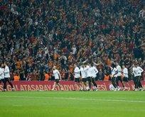 Süper Lig'de maçlar seyircili mi oynanacak?