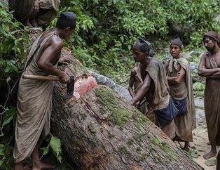 Dünyanın en tehlikeli ve en ilkel kabilesi... Çiğ et yiyip, kan içiyorlar