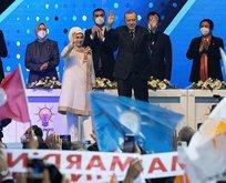 AK Parti Kongresine MHP geniş heyetle katıldı