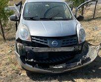 Korkunç kaza! Takla atan aracın camından fırladı