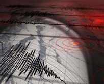 Manisa ve İzmir'de peş peşe depremler!