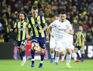 Fenerbahçe 10 kişilik Konyaspor'a takıldı | Fenerbahçe 1-1 Konyaspor