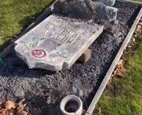 Avrupa'nın göbeğinde Müslüman mezarlığına saldırı
