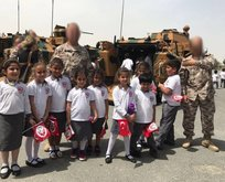 Katarlı çocuklardan Türk askerine ziyaret