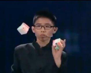 12 yaşındaki yetenekli gencin muhteşem şovu!
