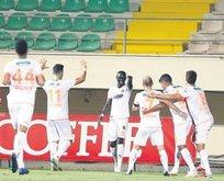 Cisse 2 gol attı Sörloth'u solladı