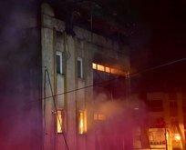 İzmir güne alevlerle uyandı! 4 katlı fabrikada yangın