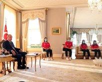 Başkan şampiyonları kabul etti