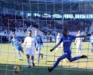 Erzurumspor Sivasspor'u 4 golle yendi!