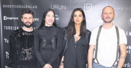 Hakan Akkaya koçluğunda New York Fashion Week'te gerçekleşen 'Turkish Designers'da koleksiyonlar dünya ile buluştu