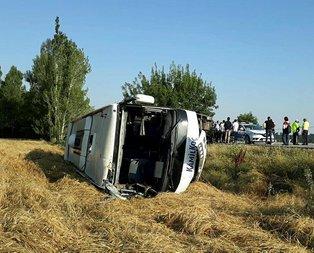 Afyonkarahisar'da otobüs devrildi: 7 yaralı