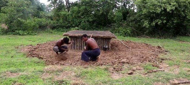 Genç YouTuber'ların videosu izlenme rekoru kırdı! Sadece çamur ve taş kullandılar
