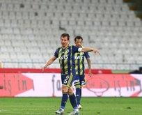 Yılın transferlerini Emre Belözoğlu bitirecek