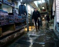 İzmir sular altında! Vatandaş isyanda...