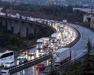 Ankara istikameti trafiğe kapandı! Kilometrelerce kuyruk...