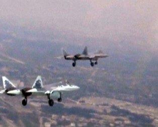 Rusya Suriyede Su-57 uçurdu