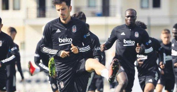 Beşiktaş'ta mesai sürüyor
