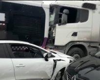 İstanbul'da facia ucuz atlatıldı! İETT otobüsü ile hafriyat kamyonu...