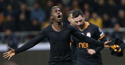 Galatasaraya hayat öpücüğü