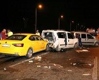 Antalya'da zincirleme trafik kazası! 10 kişi yaralandı