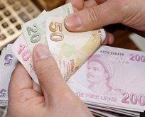 Emeklinin zamlı maaşı hesapta