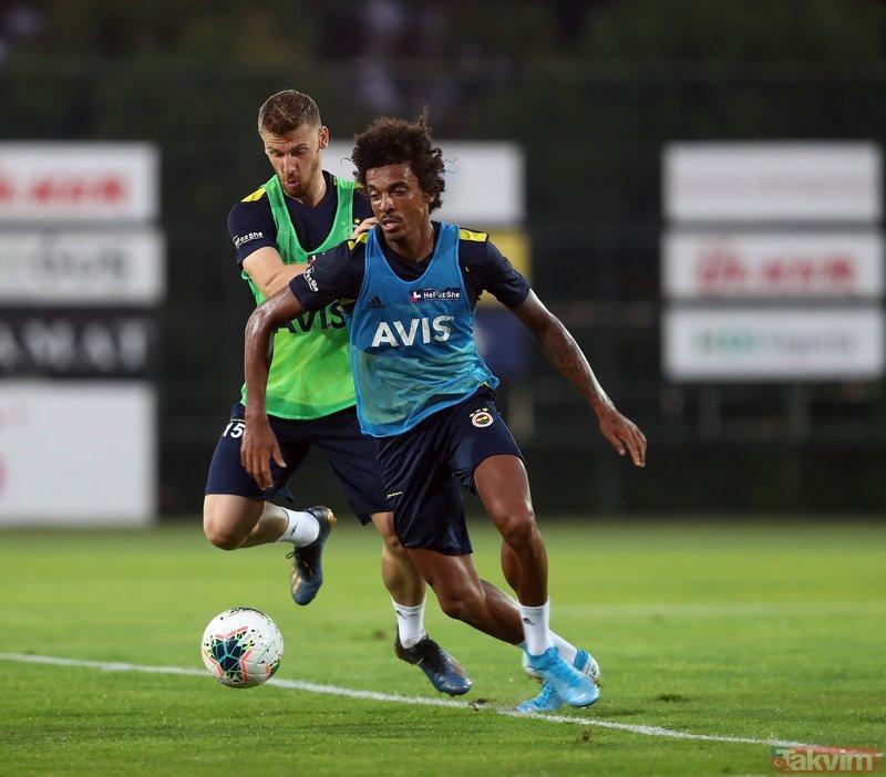 Fenerbahçe'de Gustavo ve Volkan Demirel ilk antrenmanına çıktı