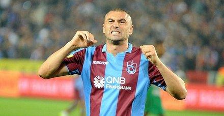 Trabzonsporda Burak Yılmaz ve & Onur Kıvrak kadro dışı