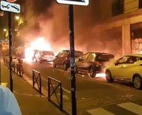 Paris'teki eylemler yılbaşında da devam etti!