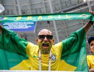 Brezilya - Meksika maçına damga vuran tribünler