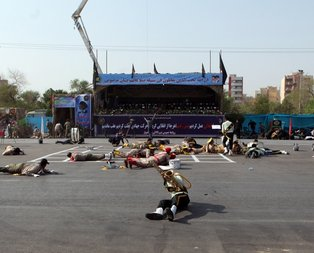 İranda terör saldırısı