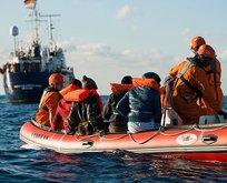 Libya sahil koruma ekipleri 102 düzensiz göçmeni denizden kurtardı