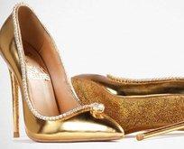 17 milyon değerindeki altın ayakkabı