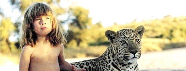 Leopar ve fillerle büyüyen kız çocuğuna bir de şimdi bakın!
