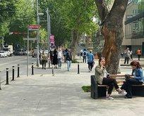 Bağdat Caddesi'nde yoğun kalabalık! Tedbirlere uymadılar!